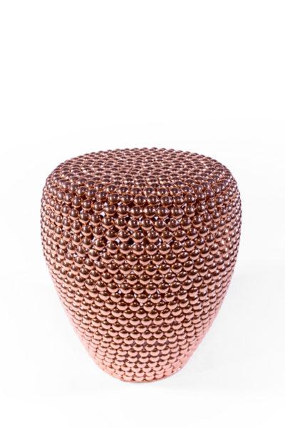 table d'appoint, guéridon en pastilles de métal cuivrées, de la marque Pols Potten, agence Parade